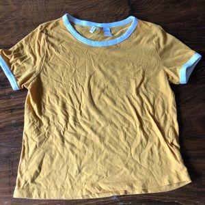 H&M yellow t-shirt